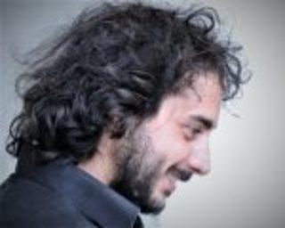 Luca Amitrano sul palco del Teatro Bolivar di Napoli