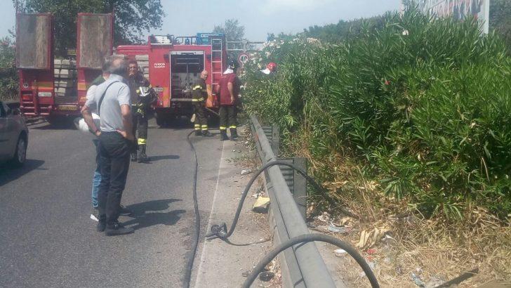 Giornata difficile a Casoria: incendi ovunque