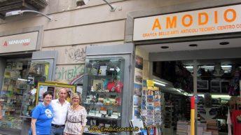 """Fabio Amodio: """"Vogliamo dare alla città la nostra cartoleria a Port'Alba come area di lettura e cultura, ma le istituzioni non ci ascoltano"""""""