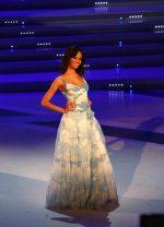 """""""NATALE MODA """" Caivano: Modelle e modelli in abito da sposa e cerimonie"""