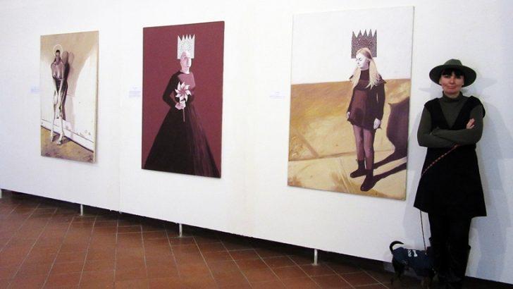La mostra antologica dell'artista Barbara Karwowska al Castel dell'Ovo
