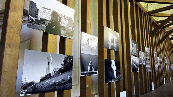 Inaugurata la mostra fotografica PONTICELLI X al Chiostro di Santa Maria La Nova