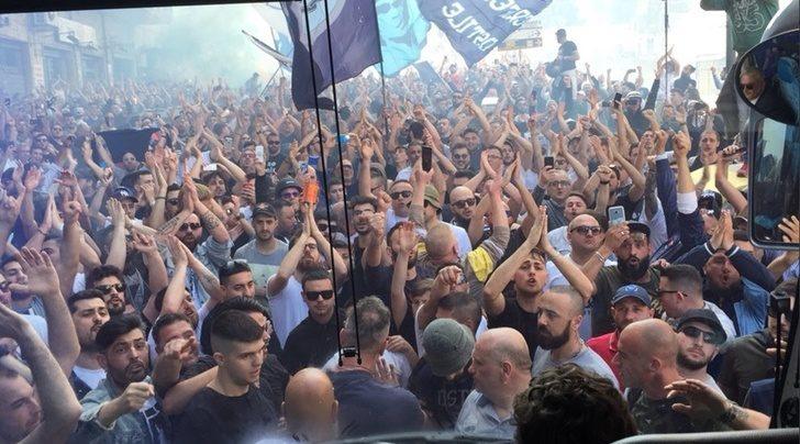 Napoli, onora il tuo popolo fino all'ultimo respiro