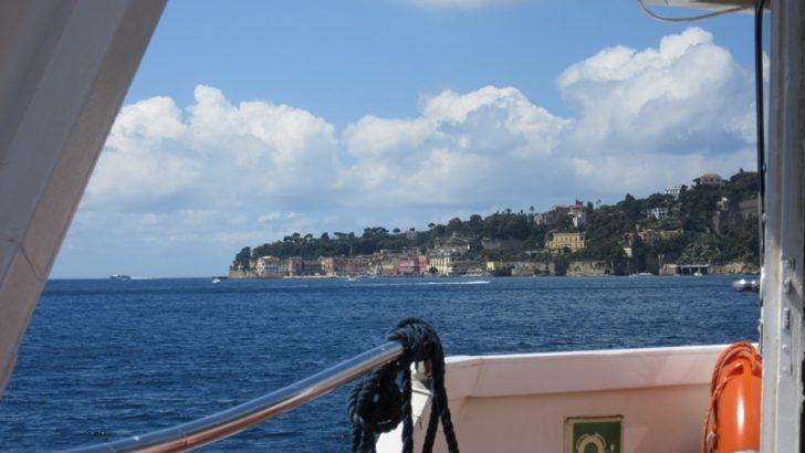 Riparte il Batò Naples, dal quale si può ammirare la costa napoletana dal mare
