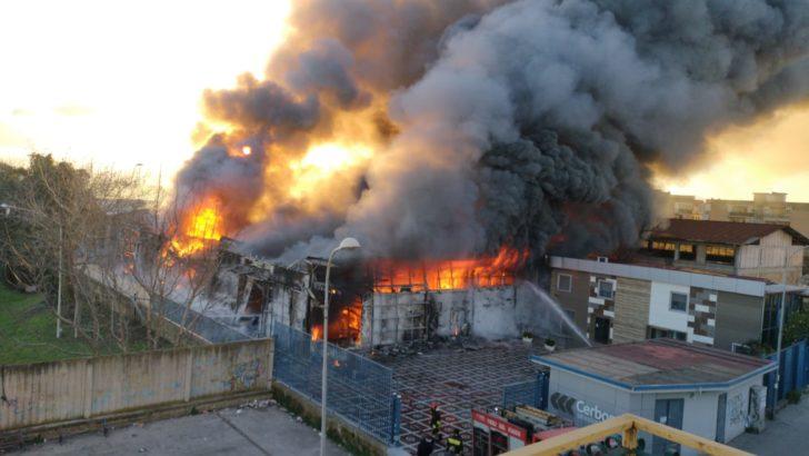 VIDEO – Incendio a Casoria